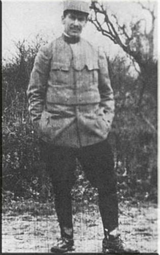 Louis Pergaud militaire (Medium) (Personnalisé).jpg